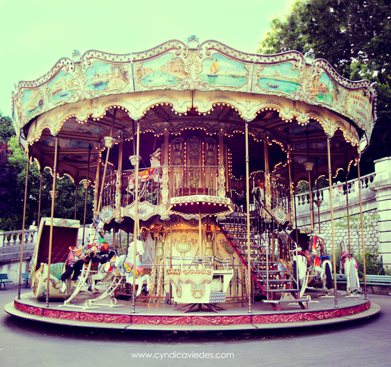 carrousel_paris